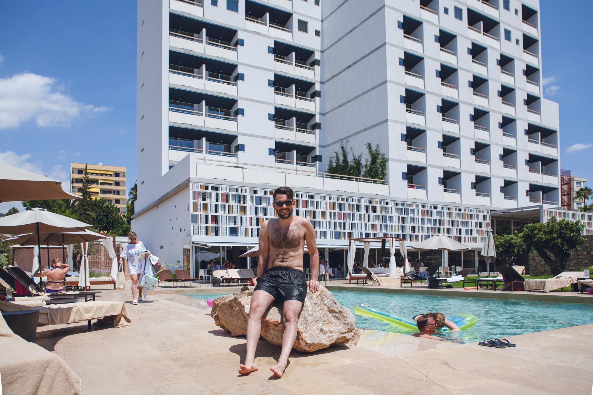 Mallorca designhotel od port portals 7 glimmerye for Design hotel mallorca